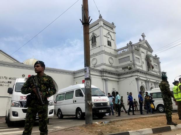 Explosions au Sri Lanka: des kamikazes impliqués dans deux des explosions