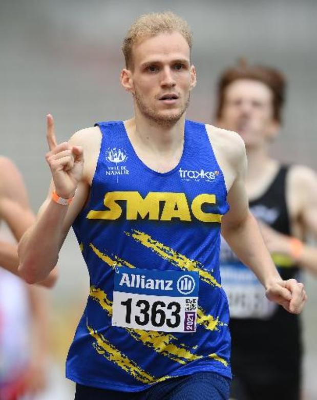 Eliott Crestan médaille d'argent du 800 m