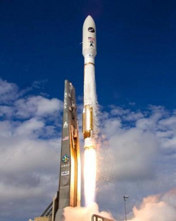 Amerikaanse luchtmacht lanceert ruimteveer dat experimenten zal uitvoeren