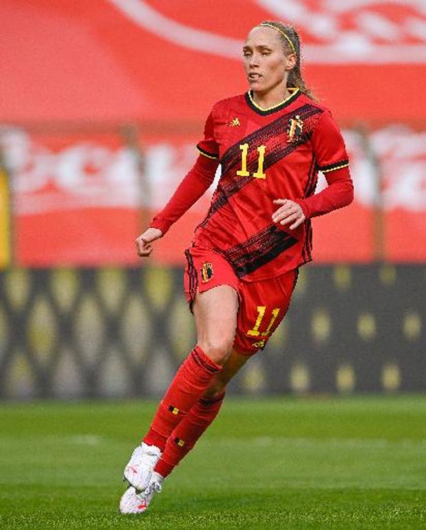 Red Flames - Trois changements contre l'Irlande, Cayman égale le record de 'caps' de Zeler