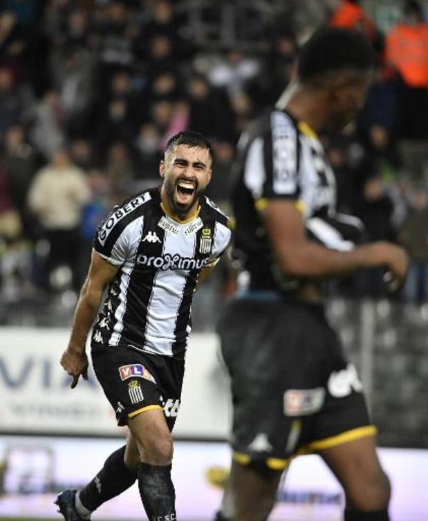 Jupiler Pro League - Un hat-trick de Rezaei permet à Charleroi d'écarter la menace Zulte Waregem