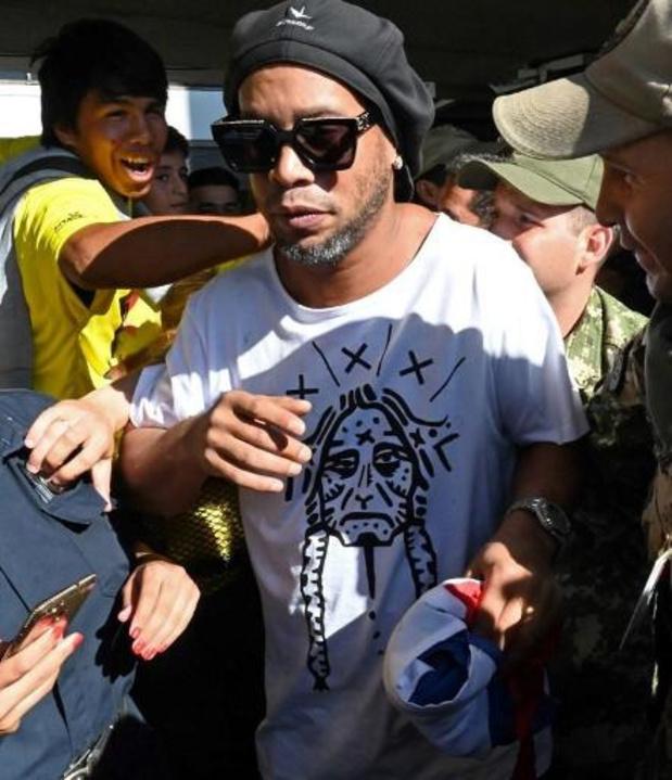 Ronaldinho verdacht van paspoortfraude in Paraguay