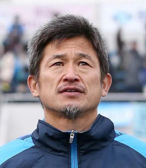 Miura, le footballeur le plus âgé de l'histoire, prolonge avec Yokohama FC