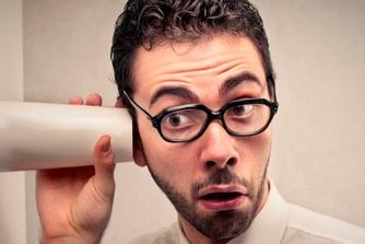 Privacy op het werk: waar en wanneer mag je baas meekijken over je schouder ?