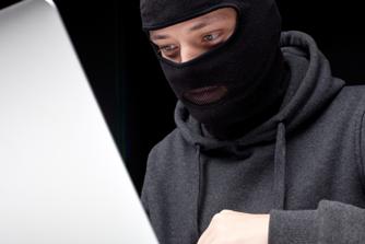 Laptop van het werk gestolen: moet jij betalen of je werkgever?