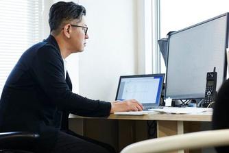 7 tips om je ogen wat schermrust te gunnen tijdens de werkdag
