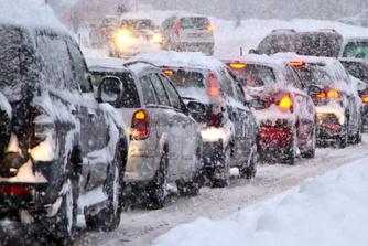 Heb je recht op loon als je door ijzel of sneeuw niet (tijdig) op het werk geraakt?