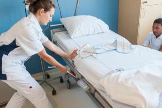 Gezocht: 5.500 extra verpleegkundigen