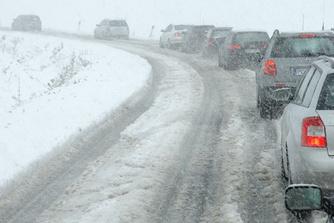 Te laat op het werk door de sneeuw : moet je de verloren uren inhalen?