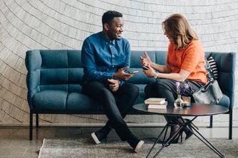 6 dingen die je kan doen wanneer het niet klikt met jouw collega's