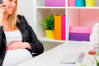 7 dingen die veranderen op je werkplek wanneer je zwanger bent
