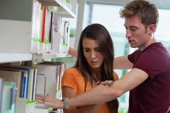 Het grote werkonderzoek (deel 6) : wordt er vaak gepest op het werk?