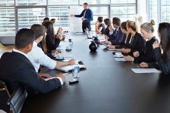 6 tips om een meeting niet door je collega's te laten wegkapen