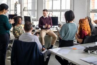 Mag je baas beslissen of je al dan niet op kantoor werkt?