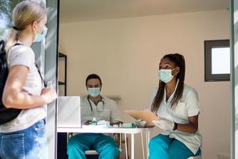 Mag je werkgever een vaccinatieattest van je vragen?