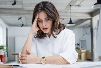 Moet je na een ontslag je opzegtermijn 'uitdoen'?