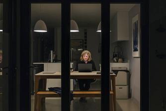 Kan je als je thuiswerkt een vergoeding krijgen voor de overuren die je presteert?
