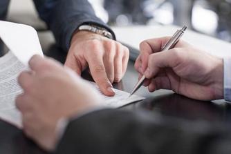 Mag je werkgever een niet-afwervingsbeding in je arbeidsovereenkomst zetten?