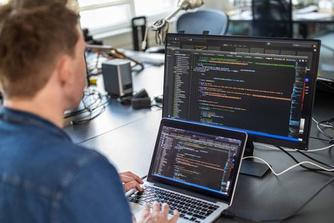 Dit zijn je rechten als je software ontwikkelt op het werk