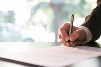 Kan je al een arbeidsovereenkomst sluiten vooraleer je je diploma hebt?