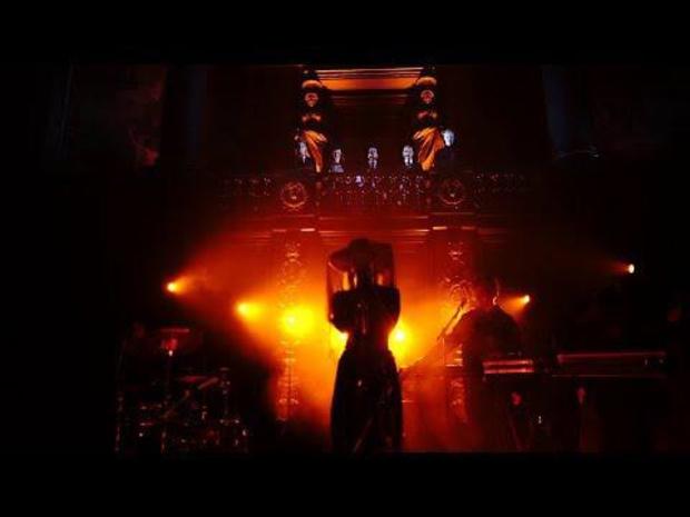 Tsar B - Velvet Green (feat. Utopia) (live)