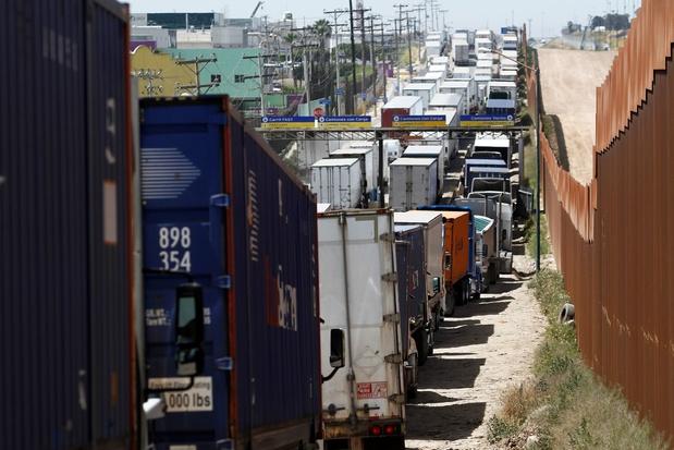 Mexico vraagt VS om oplossing voor lange wachttijden aan grens