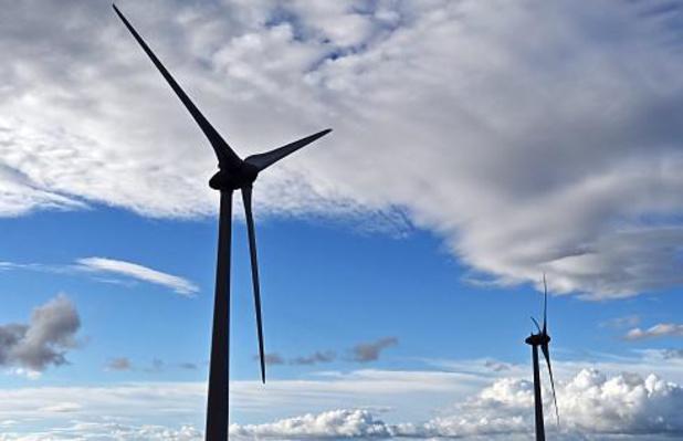 Minister vergunt slechts twee windturbines op industriezone Kruisem/Zulte