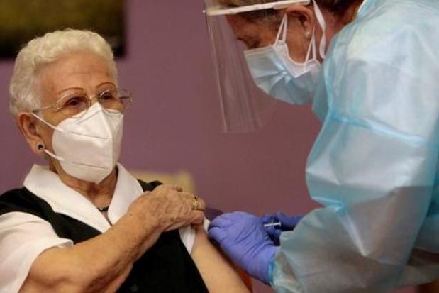 Coronacrisis: 'Vaccinaties in woonzorgcentra garanderen is de prioriteit' (Taskforce)