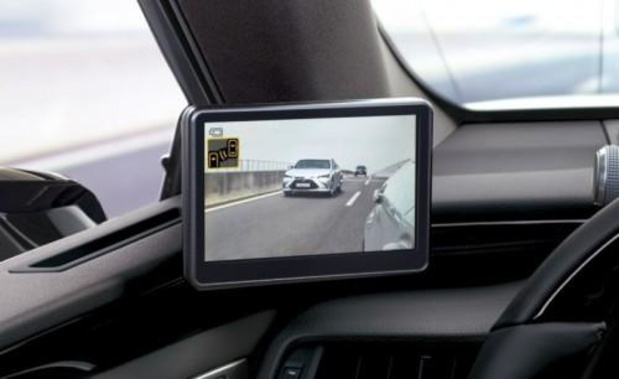 Digitale zijspiegels voor de Lexus ES