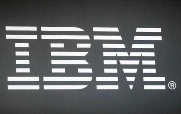 IBM breekt met dalende omzet
