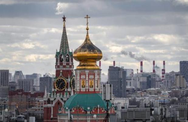 Russische rechter beboet Twitter, Facebook en WhatsApp