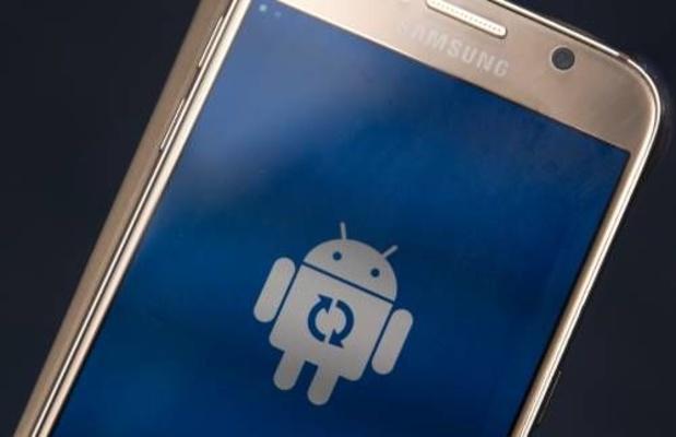Google laat zoekmachines tegen elkaar bieden om in Android te komen