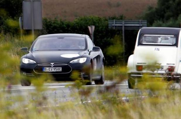 'Zelfrijdende auto's kunnen plots remmen door reclamebord'