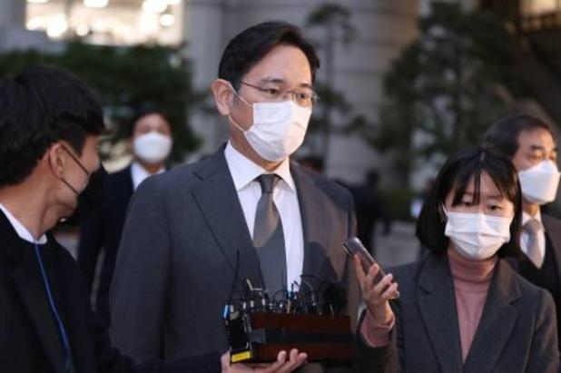 Samsung-baas vervroegd vrijgelaten 'om economische redenen'