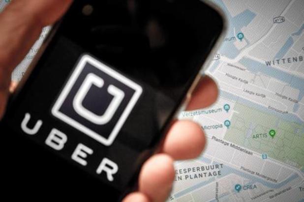 Uber werkt aan nieuwe app: taxi's en eten in één