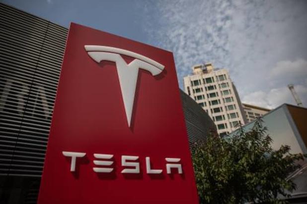 Peperduur Tesla versus spotgoedkoop Renault