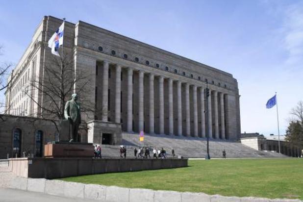 Finse politie onderzoekt hack e-mailaccounts van parlementariërs