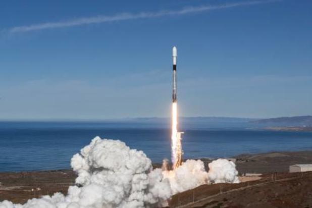 SpaceX-draagraket zet zestig satellieten uit, ondanks problemen met eerste trap