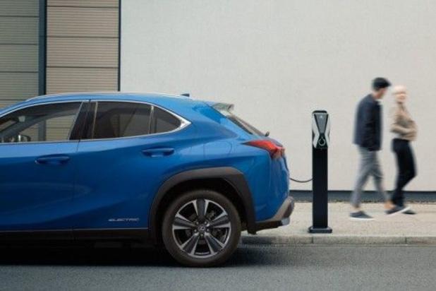 La Lexus UX va bientôt se brancher