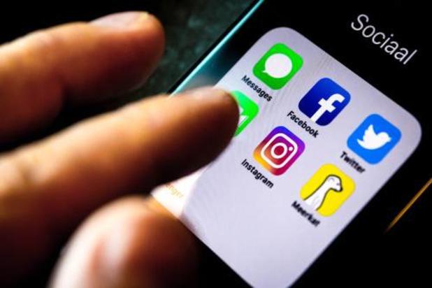 Parlementariërs VS voelen socialemediabedrijven aan de tand