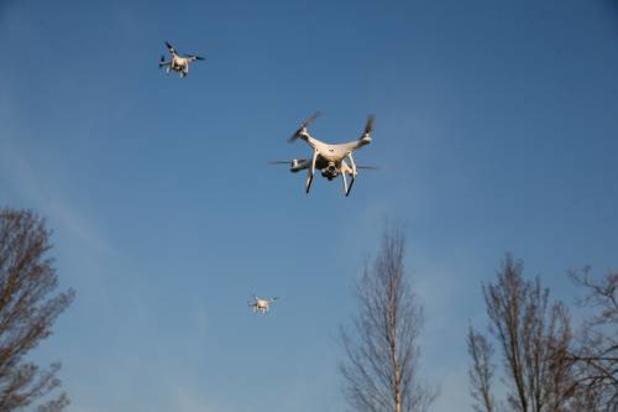 Drone met drugs crasht in gevangenis Vorst