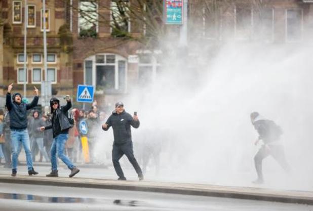 Nederland: Politie en Facebook houden oproepen tot geweld in de gaten