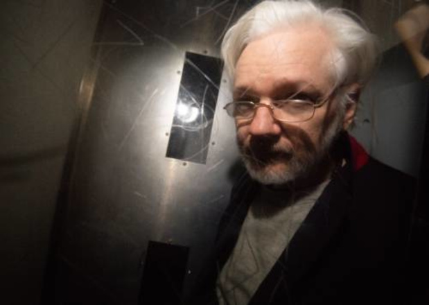 WikiLeaks-oprichter Julian Assange blijft opgesloten in Groot-Brittannië
