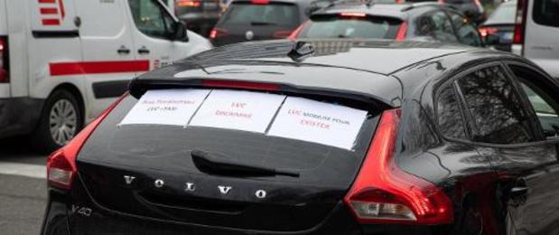PTB: Il faut un statut de chauffeur digne et faire cesser les méfaits d'Uber et de Heetch