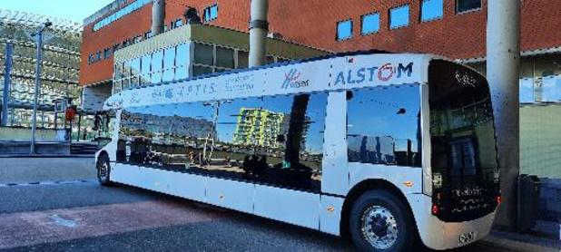 Alstom stelt elektrische Aptis-bus voor in Leuven