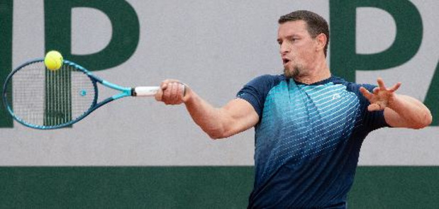 Joachim Gérard s'offre Hewett et rejoint les demi-finales