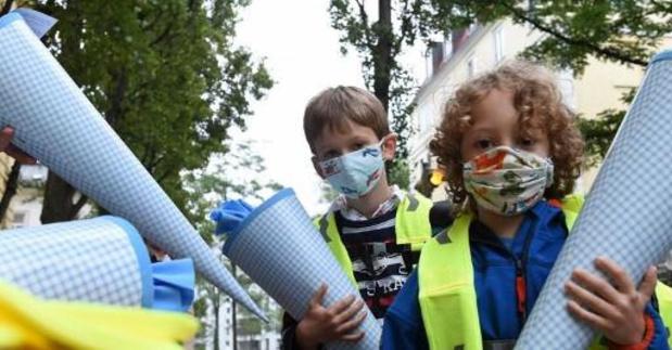'Ewa drerrie' en 'simp' verkozen tot Kinderwoord en Tienerwoord van het Jaar