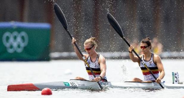 Hermien Peters en Lize Broekx naar halve finales K2 500 meter
