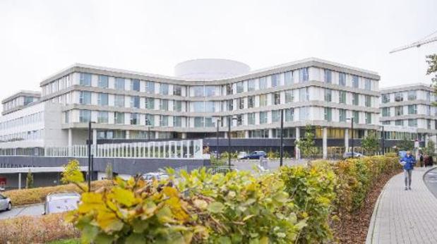 Nombre d'hospitalisations en hausse et variant Delta dominant en Belgique
