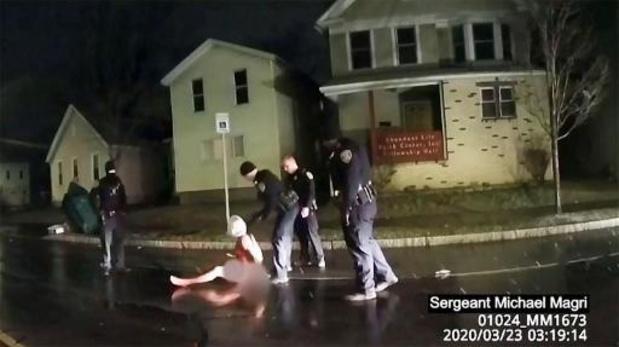 Politiegeweld VS - Politietop stapt op na overlijden van Afro-Amerikaanse man in Rochester